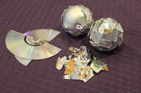 cd craft disco ball, Wiki-How : How to Make Craft With Waste CD
