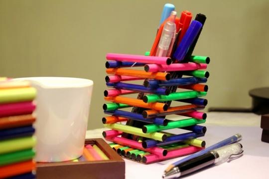 Popsicle Sticks Pen Holder