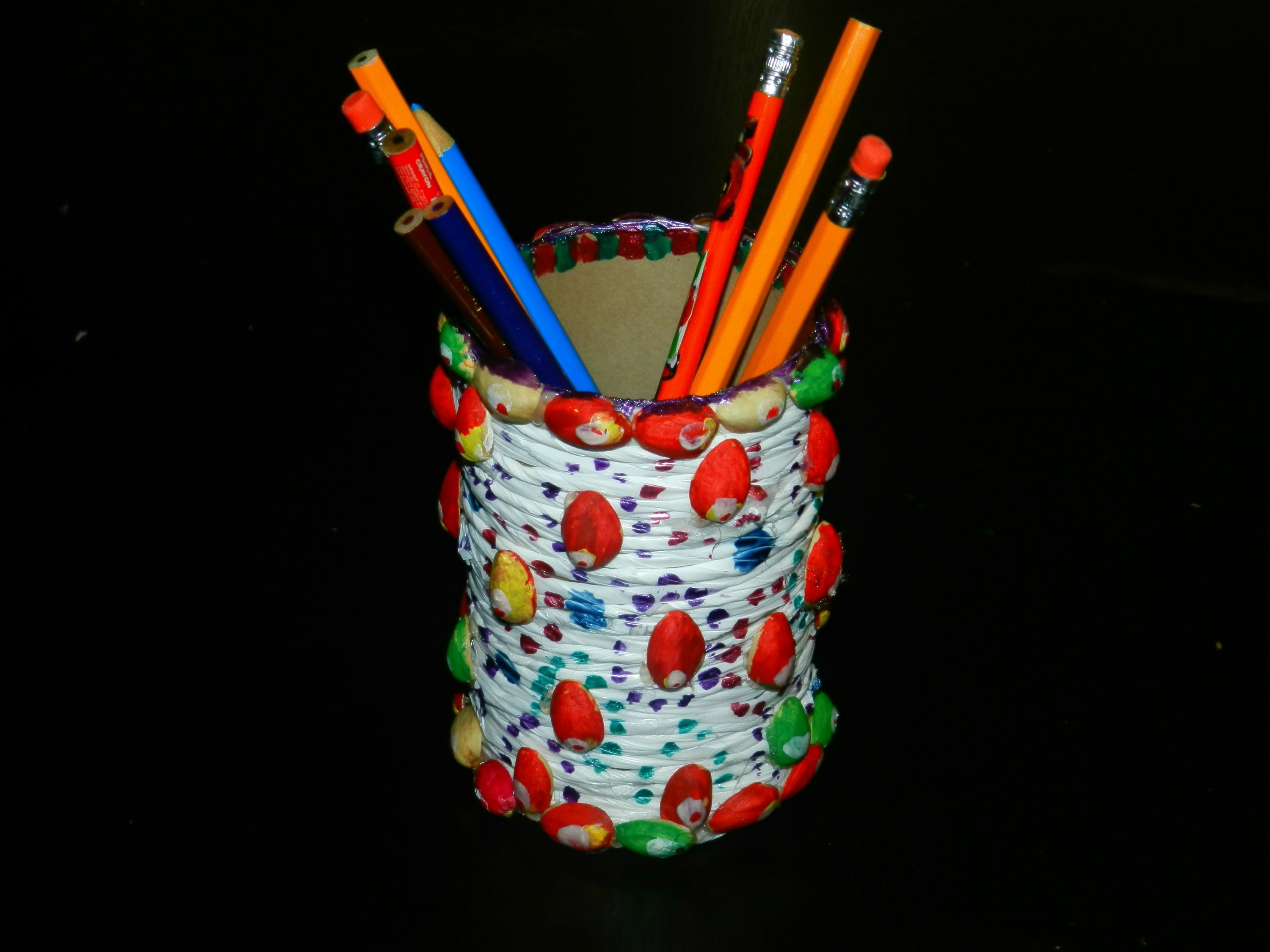 Pen stand from old bangles best out of waste wiki how for Waste material project