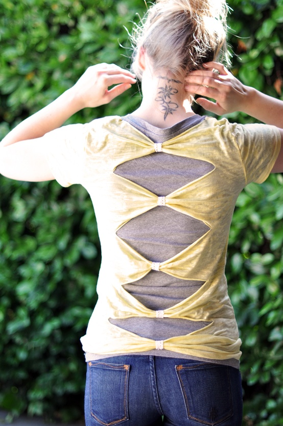 How to Redesign Old T-shirts | Recycle T-shirts in Creative Way